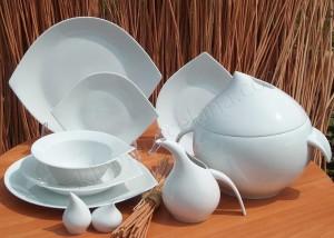 zestaw obiadowy porcelana chodzież